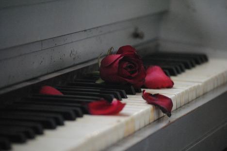 piano-571968_1920